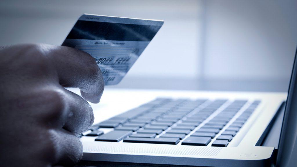До уваги юридичних осіб, що мають Зарплатно-карткові проекти!