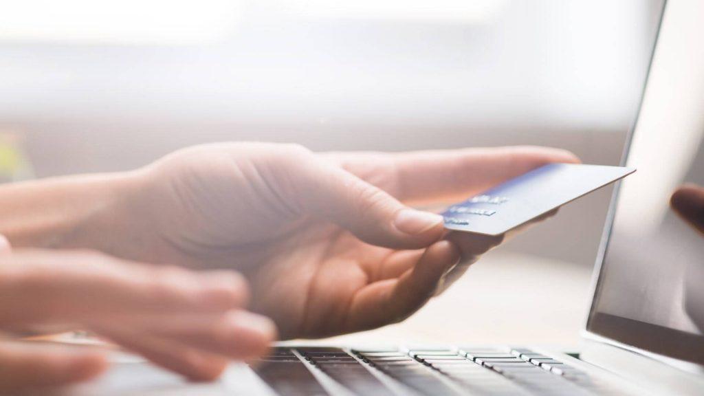 Інформація для клієнтів фізичних осіб – власників карткових рахунків!